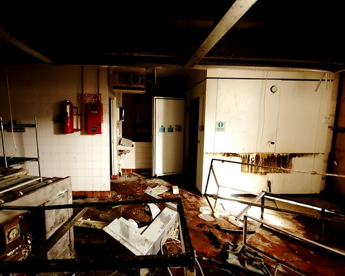 urban abandoned kitchen d50 fire nikon factory oven decay flash sigma blanket freezer limerick trashed urbex 10mm raheen iretex