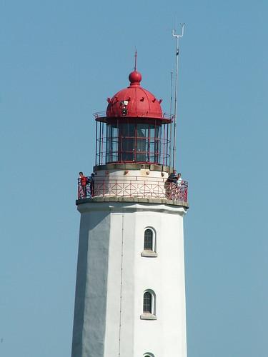 Leuchtturm  bei Kloster Dornbusch versenkte also in der ersten Nacht ein Schiff in großen, klaren Linien 087