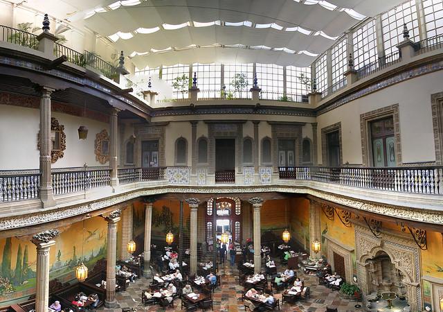 Interior de la casa de los azulejos mexico df flickr for Casa de los azulejos ciudad de mexico