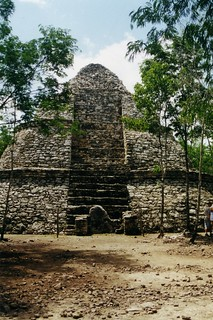 Coba, Temple