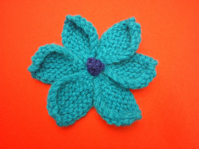 Small Flower Knitting Pattern : Windmill Flower motif knitted flower - pattern from never? Flickr - ...