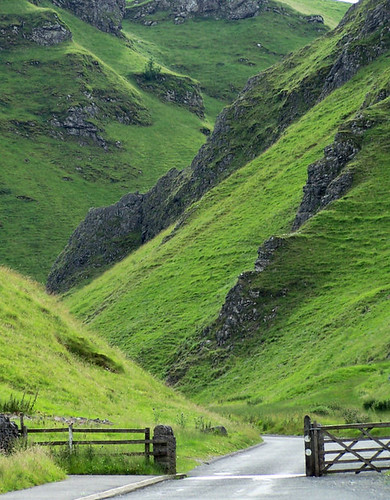 Winnats pass by kev747