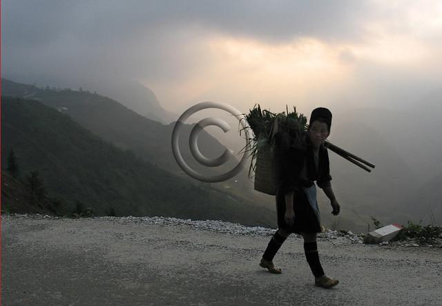 Black Hmong woman, Sapa Vietnam