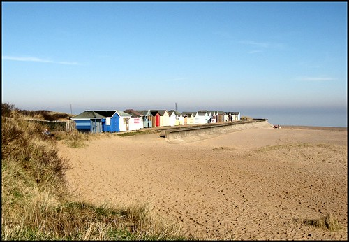 sea england beach coast sand village lincolnshire abc beachhuts chapelpoint chapelstleonards p1f1 aplusphoto