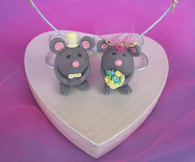 Sweet funny mice wedding cake toppers unique figurines made of clay