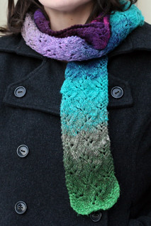 Travelling Vine Scarf