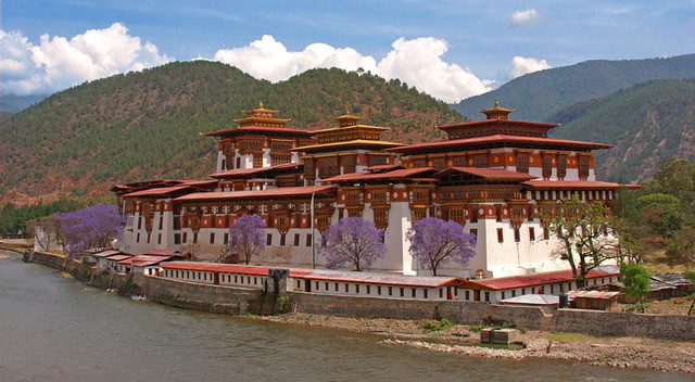 Elephant Hill (Punakha, Bhutan) by jmhullot, on Flickr