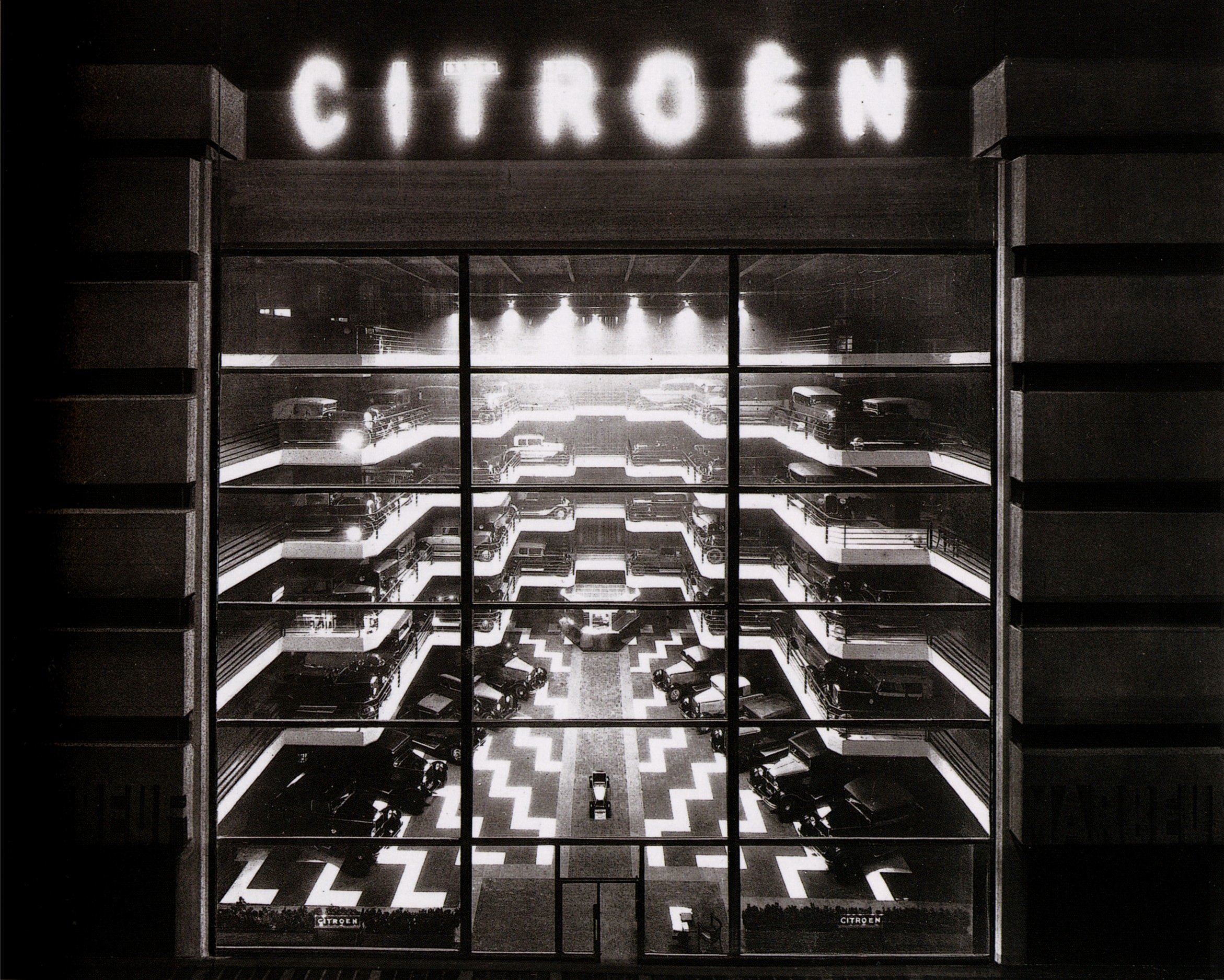 the art of memory le magasin de ventre citro n paris ForGarage Citroen Paris