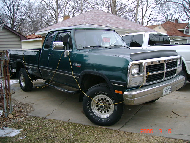1993 Dodge Cummins 4X4 http://www.flickr.com/photos/22340377@N03/2174512822/
