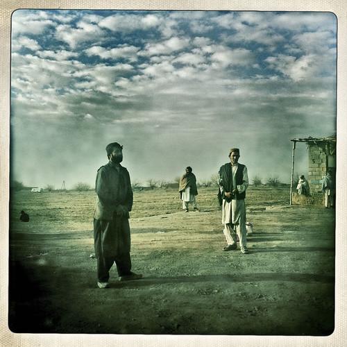 afghanistan landscape streetview kandahar onlookers afg balazsgardi basetrack basetrackorg