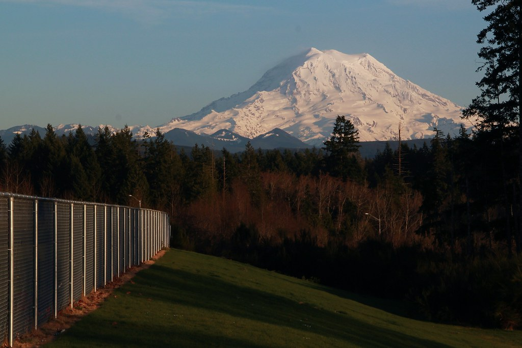 Image result for MOUNT RAINIER VIEW FROM GLACIER VIEW JUNIOR HIGH