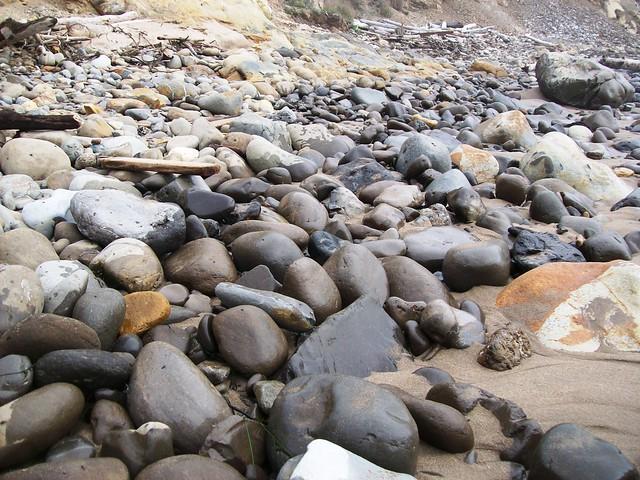 bowling ball beach near - photo #22
