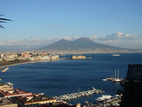 Napoli ed il Vesuvio.