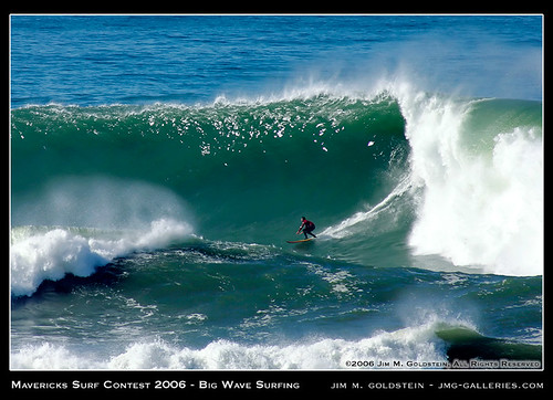 Mavericks Surf Contest - Big Wave Surfing