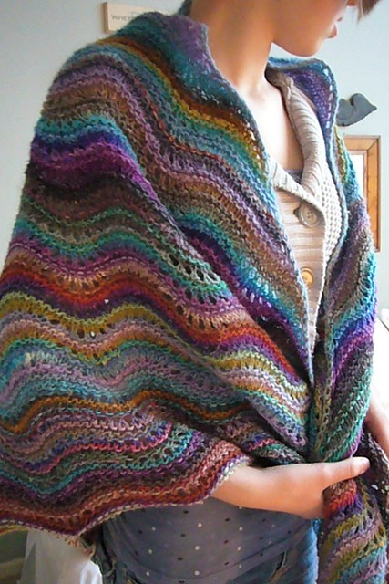 Free Knitting Patterns For Shawls With Pockets : POCKET SHAWL PATTERN - FREE PATTERNS