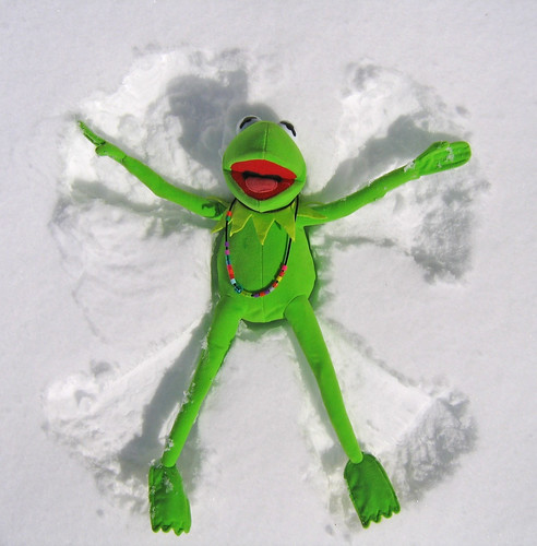 snow angel toys contest disney kermit bostoncom rainbowconnection december2009 seenonflickr jamesjimmauryhenson kermitsnowangel bostonglobeg odtgreen