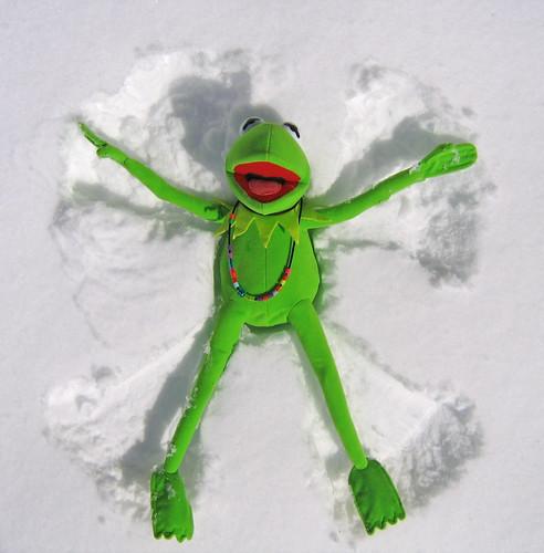 snow angel toys contest disney kermit bostoncom rainbowconnection december2009 seenonflickr jamesjimmauryhenson kermitsnowangel bostonglobeg odtgreen