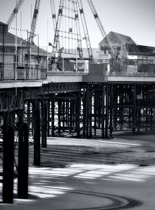 Photography - Pier Frames by Nicholas M Vivian