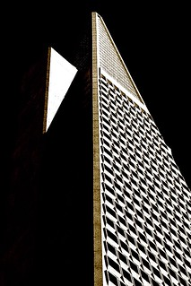 "San Francisco - Transamerica Building ""Triangles with Light & Mass"""