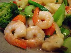 shrimp(1.0), dendrobranchiata(1.0), caridean shrimp(1.0), fish(1.0), seafood(1.0), invertebrate(1.0), produce(1.0), food(1.0), scampi(1.0), dish(1.0), cuisine(1.0),