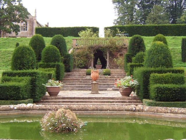 Mapperton House Gardens by flickr user rictor-and-david