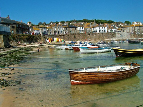 Mousehole Boats 6072.JPG