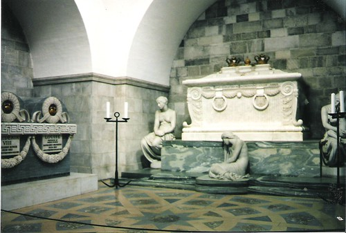 Roskilde Cathedral - tomb of King Christian IX (right) and King Frederick VIII and his wife (left)