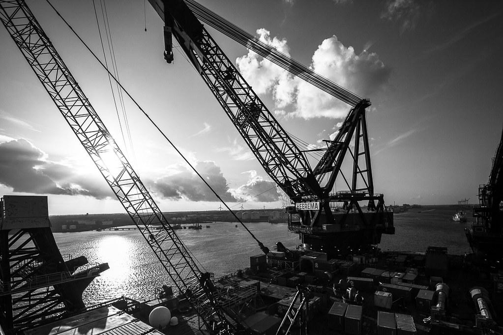 Thialf Heerema Marine Contractors, Rotterdam Europoort, 2013