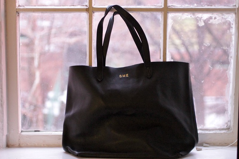 Cuyana Black Leather Tote by Etxe