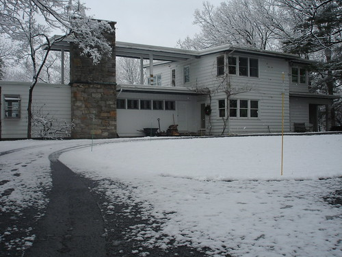 1939 Modern in the snow
