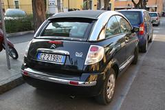 fiat 500(0.0), automobile(1.0), automotive exterior(1.0), sport utility vehicle(1.0), wheel(1.0), vehicle(1.0), subcompact car(1.0), city car(1.0), compact car(1.0), land vehicle(1.0), citroã«n c3(1.0),