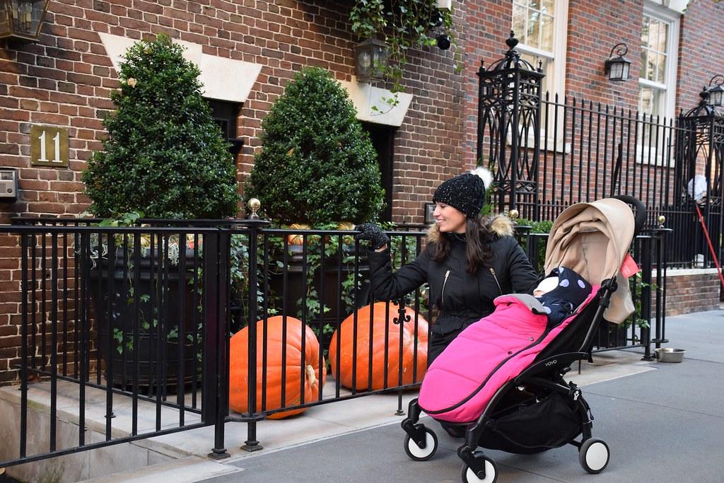 Todavía quedaban calabazas de Halloween en el Uper East Side.