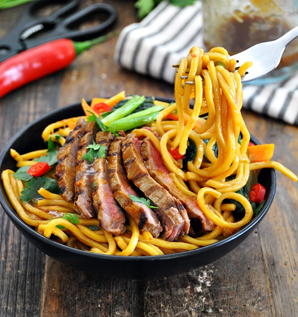 Grilled Thai Red Curry Beef and Noodles Stir Fry | www.fussfreecooking ...