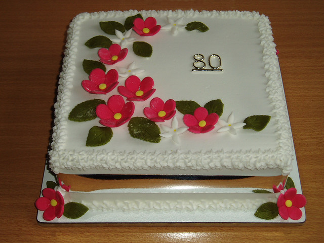 Birthday Cake Images For Auntie : 17. Auntie Elsie s Birthday Cake Flickr - Photo Sharing!