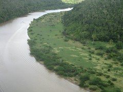 aerial photography(0.0), floodplain(1.0), levee(1.0), reservoir(1.0), river(1.0),
