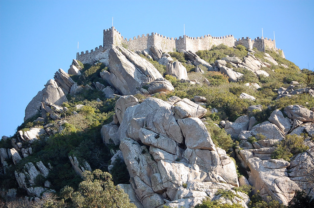 Castelo dos Mouros - Sintra