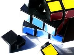 font(0.0), rubik's cube(1.0), toy(1.0),