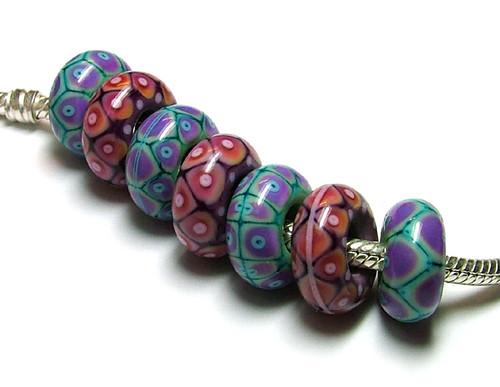 Torus Beads