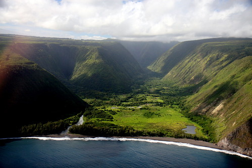 SF Brit's photo of Waipio Valley.