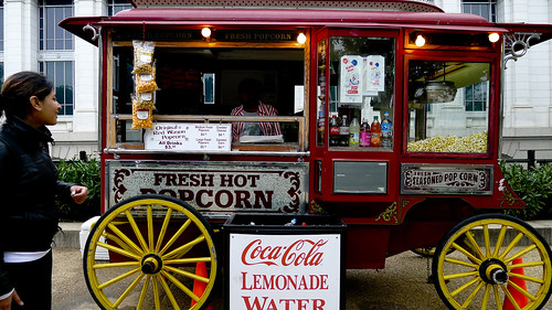 Popcorn truck (Credit: jareed on Flickr.com)