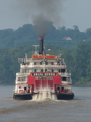 Delta Queen in the Ohio River