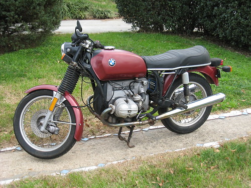 BMW R90 MOTORCYCLE