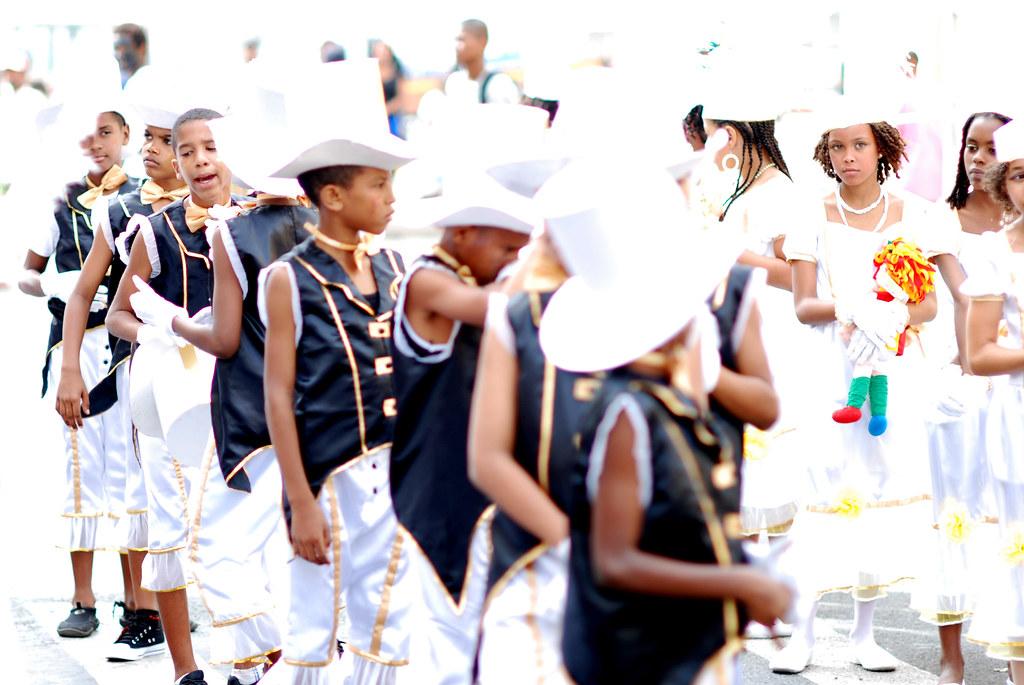 Carnaval de Mindelo - Cap-Vert - Garçons et filles