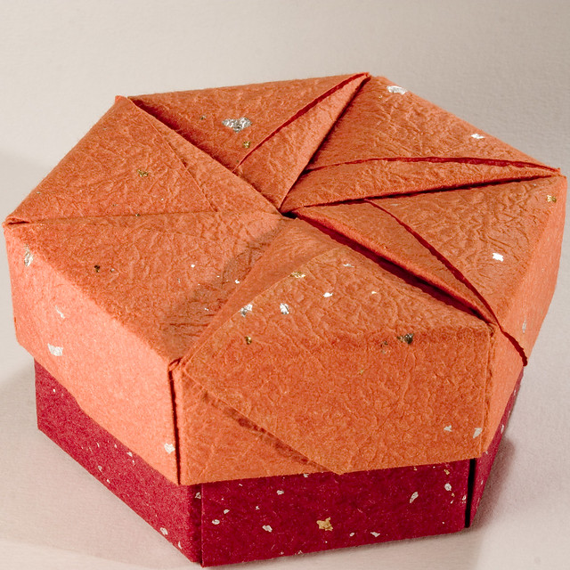 Small Decorative Gift Boxes With Lids: Decorative Hexagonal Origami Gift Box With Lid: # 18