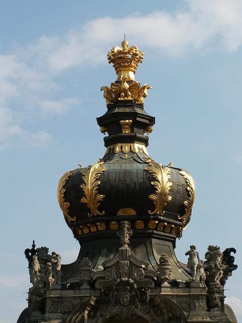Der goldnen Krone Schimmer Marienbruecke Zwinger Dresden 219