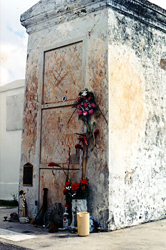 Marie Laveau's Grave | Flickr - Photo Sharing!
