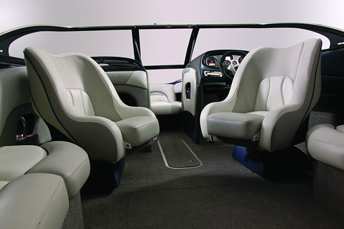 Sport Seating: Dual Captain's Chairs