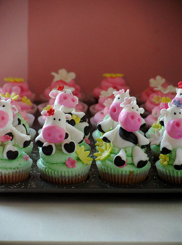 Cow Cupcakes (almost finished)