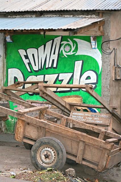 Foma Dazzle, Mto Wa Mbu