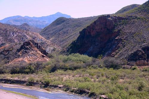 El Río Sonora, cerca de Arizpe